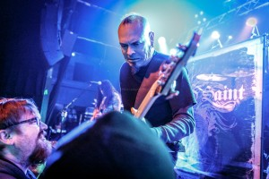 2016, Dec 13-Armored Saint-Waiting Room-2633