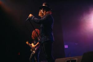 2019, Dec 3-Dirty Honey-Bourbon Theater-Bob DeHart Photography 27