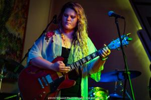 2019, Aug 23-Lauren Anderson-B Bar Omaha-Winsel Photography-5